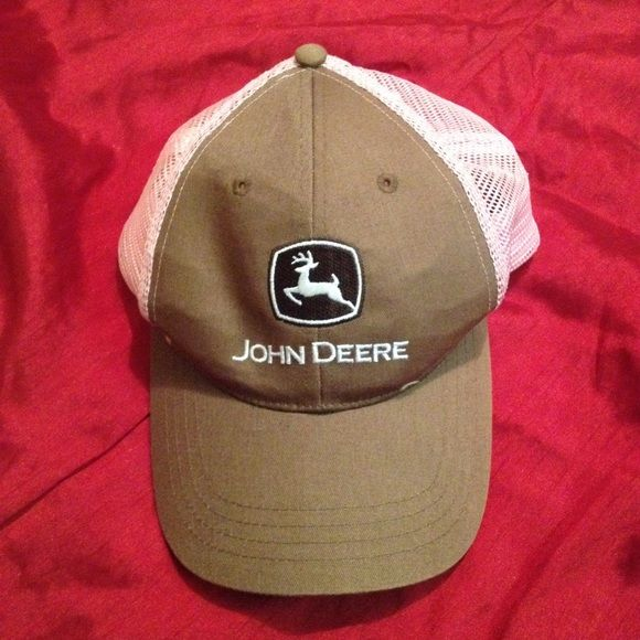 SALE  Pink & brown John Deere hat Here's one for the ladies. Pink & brown John Deere. Used but great condition. Accessories Hats