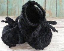 Black Baby Booties, balletto pantofola Stivaletto, infante ragazza Booties, ragazza regalo del bambino, Crochet Booties, pattini di bambino, Lace up stivaletti