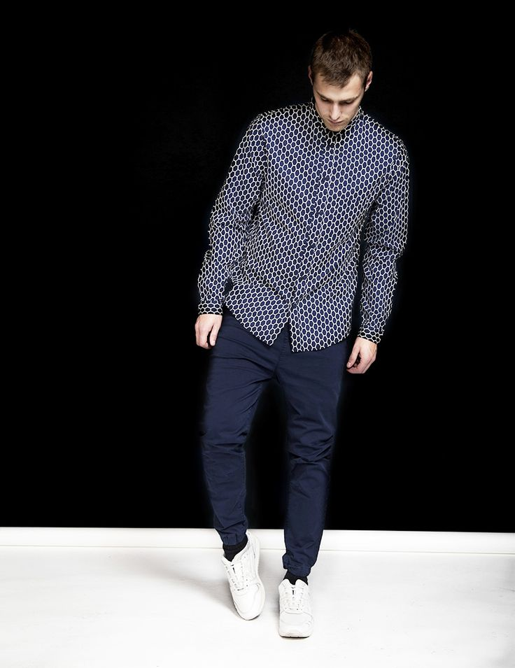 RVLT - men's fashion. Cotton shirt with hexagon print and front pocket.