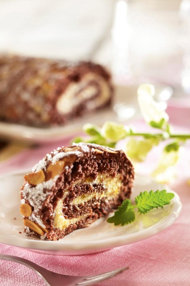 Mango-suklaakääretorttu | K-ruoka #pääsiäinen
