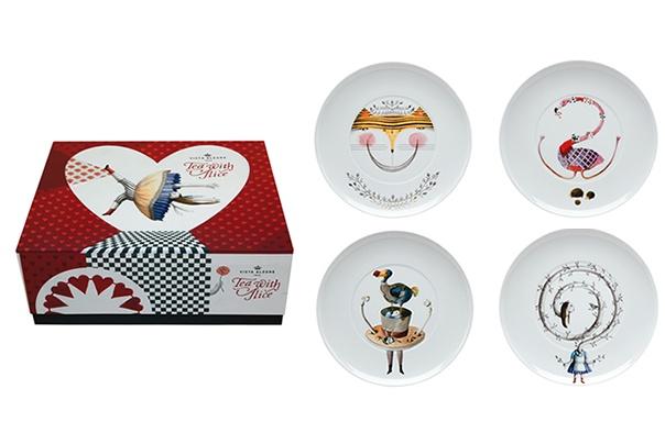 "TEA WITH ALICE - Pack 3 (Set 4 Dessert Plates: ""Hatter""; ""Alice"";""Cat""; ""Flamingo"".)"