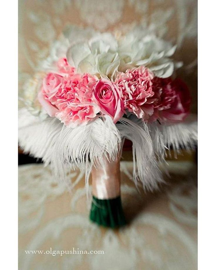 Помните наше оформление потрясающей свадьбы с стиле барокко?) Спешим поделиться фотографией букета невесты) #свадьбамечты#букеты#свадьба2016#букетневесты#букет#советыневестам#декор#декор2016#свадебныйдекор#wedding#weddingdecor#свадьба#цветочныймагазин#decor#trend#trend2016#тренд#decorstudio#trends2016#свадебныйдекор#decorwedding#florist#свадебнаяфлористика#флорист#жених#невестаr#weddingdetails#декорстола#зимняясвадьба