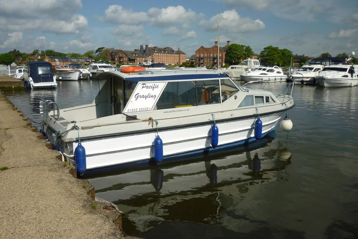 "Norfolk Broads motor cruiser ""Pacific Grayling"""