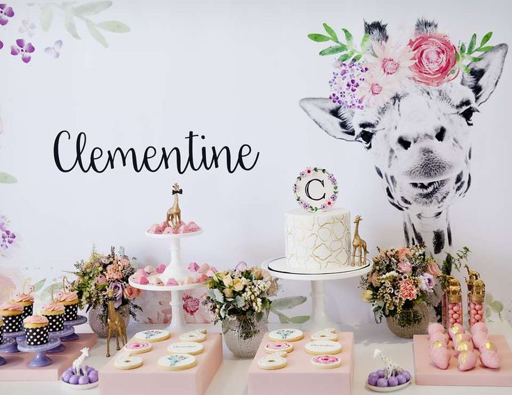 """Giraffe Party / Birthday """"Giraffe Party by Little Big Company pics by Memories of Mine photography"""" 