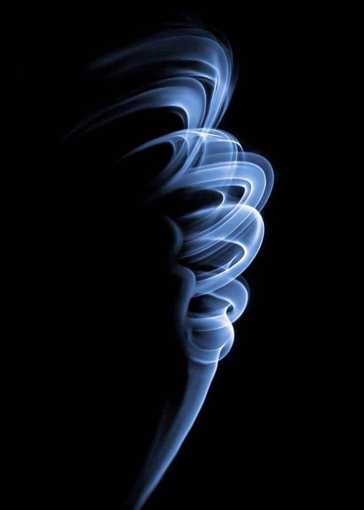 Formas con humo (Thomas Herbrich)
