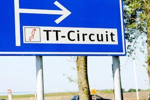 Nederlandse motorbladen : In het laatste weekend van juni wordt traditiegetrouw de Dutch TT in Assen verreden. Een feest voor iedereen die zelf motor rijdt of een liefhebber is van de motorsport. Wat is het programma, welke evenementen zijn er en welke motorbladen besteden aandacht aan deze Nederlandse MotoGP?