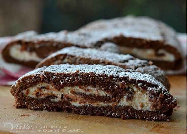 Rotolo di crostata al cacao con crema di ricotta e cioccolato, un dolce troppo goloso e farcito da una golosa crema di ricotta e gocce di cioccolato
