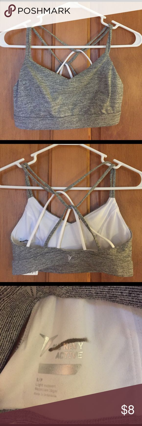 *SALE* NWOT old navy sports bra Gray striped straps sports bra. Great for yoga! Very comfortable, it was just a bit too tight! Fits more like an xs. Never worn. Old Navy Intimates & Sleepwear Bras