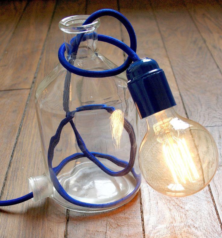 lampe d co design verre et c ble textile bleu ampoule vintage edison c ble vintage et textiles. Black Bedroom Furniture Sets. Home Design Ideas