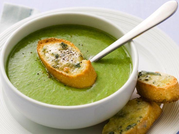 Brokolicova polievka ...S pečenými bagetkami..