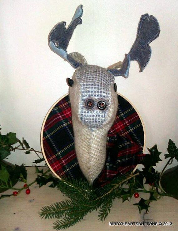 Christmas tartan stags head by Birdyheartsbuttons on Etsy, £30.00