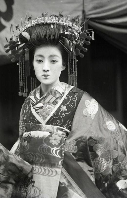 Nippon-Graph. Tayuu 太夫 - Japan - circa 1910