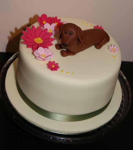 Daschund Cake | Flickr - Photo Sharing! I want this cake for my birthday!!!
