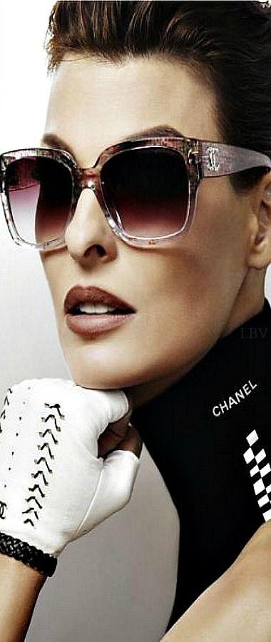 Chanel's eyewear collection with Linda Evangelista    LBV ♥✤