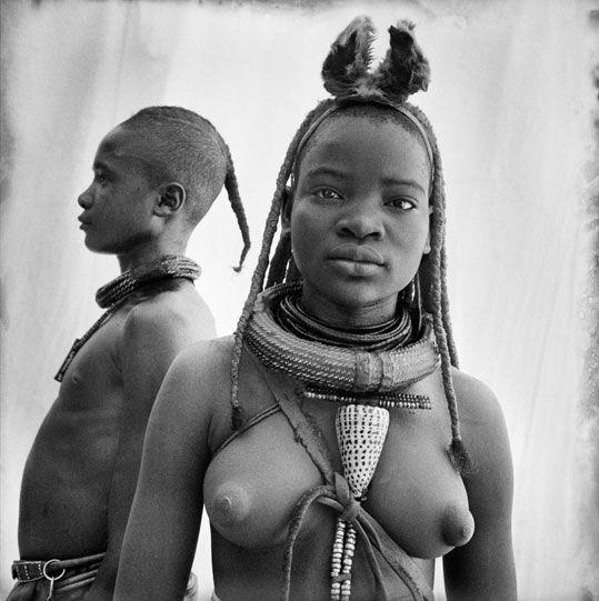 Himba, la tribu más bella de África   Álbumes   Ocholeguas   elmundo.es