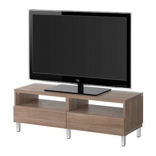 IKEA - BESTÅ, Tv-meubel met lades, Vara lichtgrijs, , Ingebouwd kabelmanagement; alle snoeren netjes weggewerkt, maar binnen handbereik.Het tv-meubel heeft ventilatieopeningen aan de bovenkant en dat zorgt voor een betere luchtcirculatie rond de elektronica.Met de verstelbare planken kan je de opbergruimte naar behoefte indelen. Lades voor het opbergen van kleine spulletjes en waarin je de inhoud eenvoudig kan organiseren.Verstelbare poten; staat ook stabiel op ongelijke vloeren.