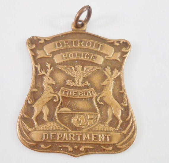 Detroit Police Department Tuebor Medal by Libbysmomsvintage