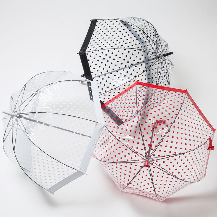 英国王室御用達で有名なFULTON(フルトン)の傘「バードケージ」に日本限定のデザインが登場。シンプルでありながら洗練されたおしゃれなデザインの傘は、雨の日に一目でまわりと差がつくアイテム。フルトンの傘を持てば、雨の日が待ち遠しくなるかも♡