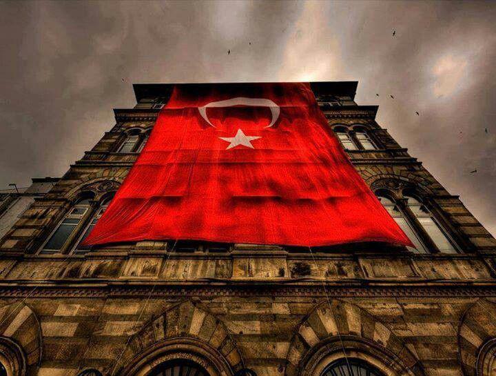 Kimin gücü yeter indirmeye?? #Türk #onur #şeref #bayrak