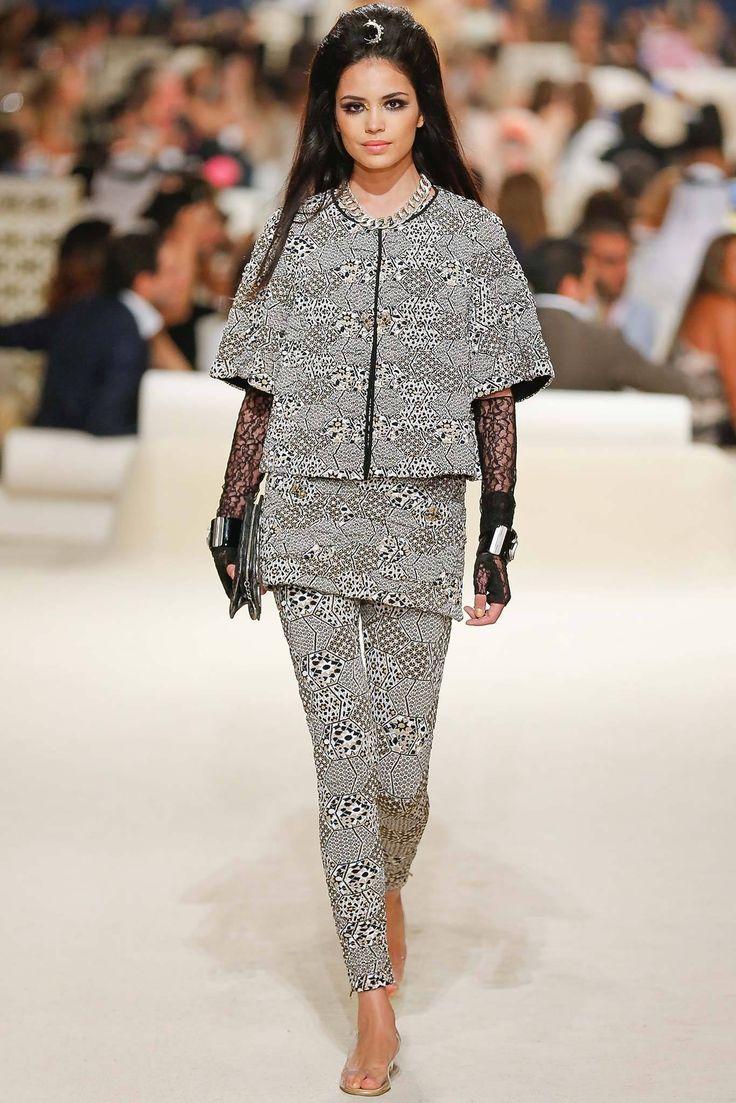 Chanel Resort 2015 Fashion Show - Irina Sharipova (WOMEN)