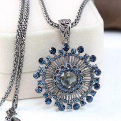 Chic Women's Sunflower Shape Rhinestone Decorated Sweater Chain Necklace