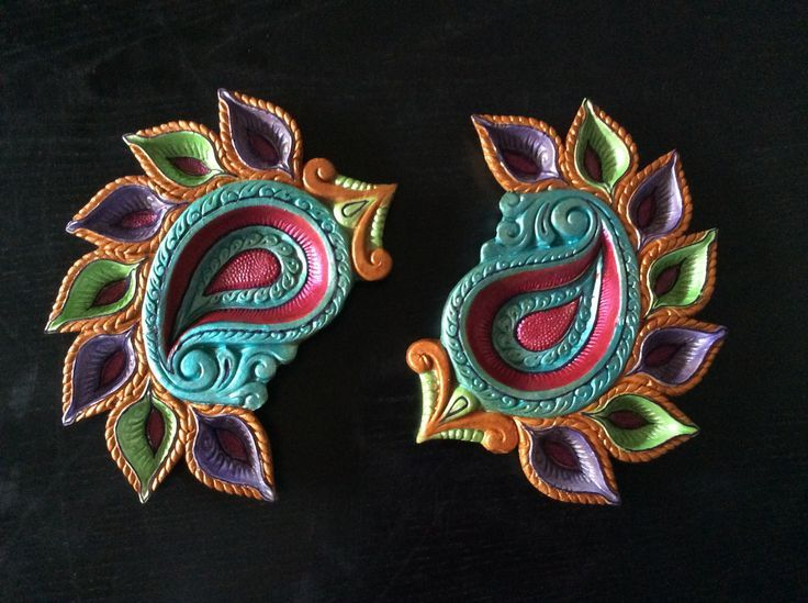 Hand painted diya | Diwali Diyas | Pinterest | Hands