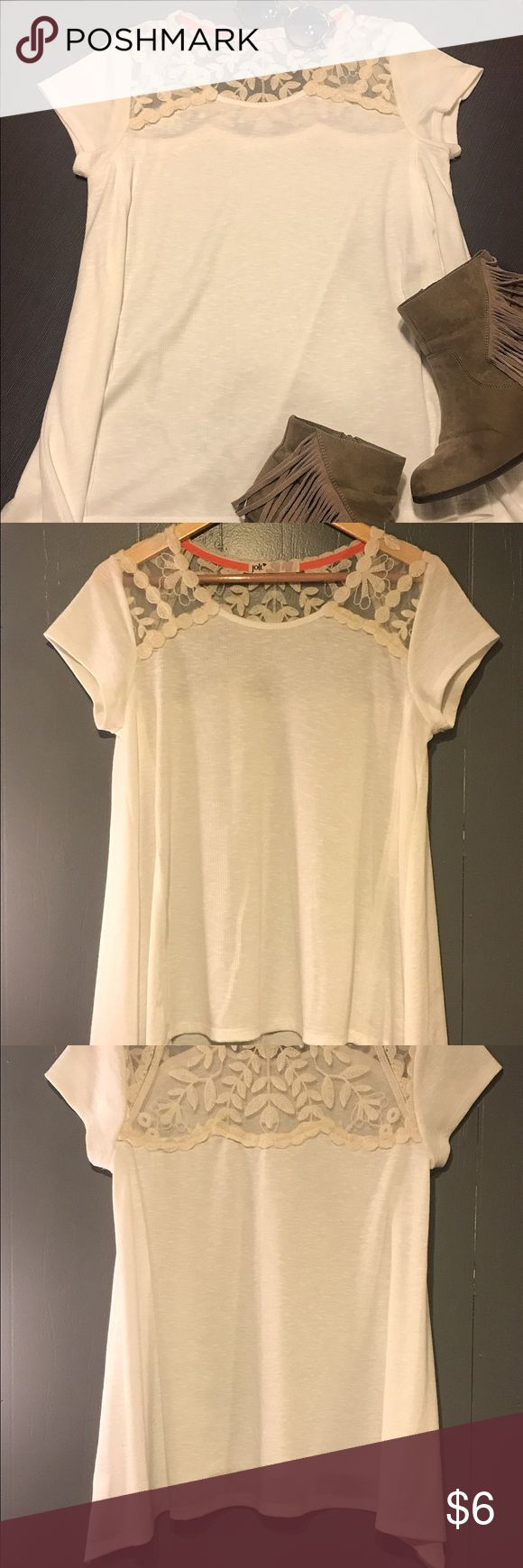 Ivory Lace Short Sleeve Top Never Worn! ADORABLE casual t-shirt that's super comfy with a loose fit. Pair it with some cowgirl boots and a mini skirt and you're ready to get rowdy! 🍻🐴 Jolt Tops Tees - Short Sleeve