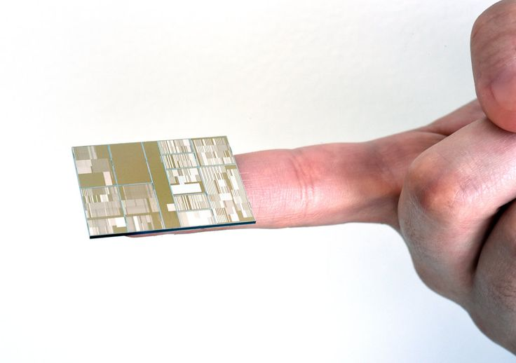 A consortium of which the company is a part has made working versions of ultradense seven-nanometer chips, capable of holding much more information th…