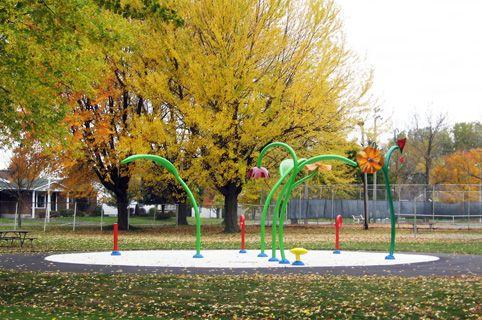 Paysage d'automne  Imagineo - Mirabel, Quebec, Canada equipements de jeux réalisations