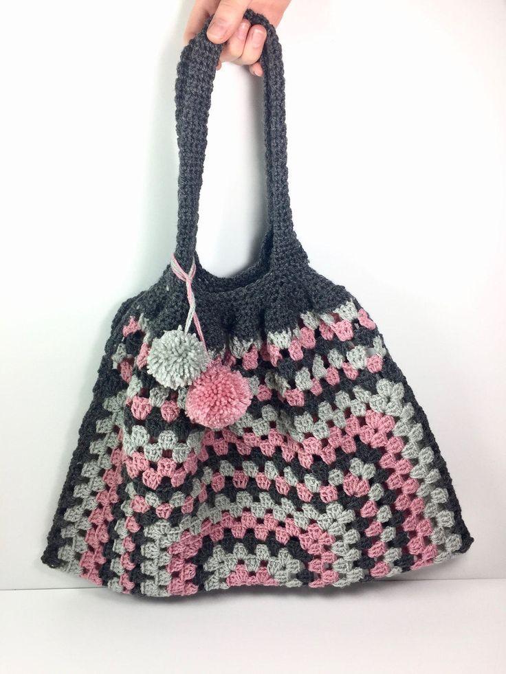 bolso  granny crochet con pompones a juego. de lana- ideal regalo de myladiescrochet en Etsy