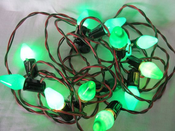 Vintage Lot Of 14 Green Christmas Lights C 7 by AuntSuesVintage, $7.99