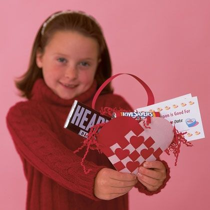 Paper woven heart basket with directions and template.  Adorable!