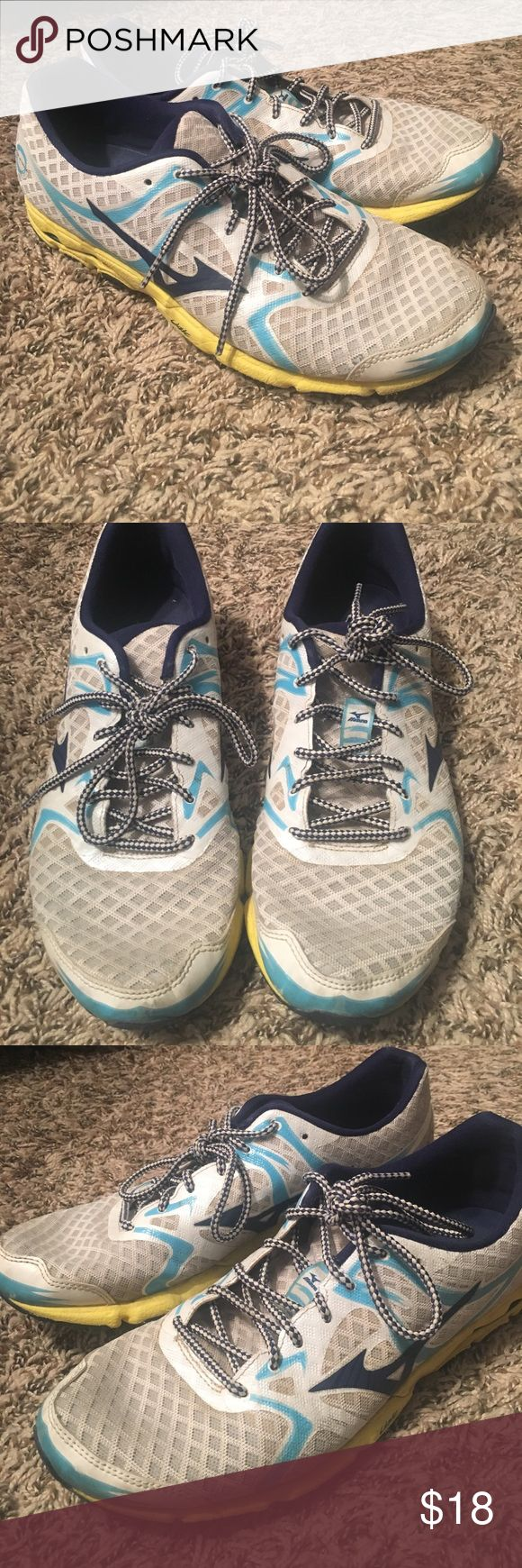 Mizuno Shoes Mizuno Running Shoes in Good Condition! 🏃🏻♀️ white with yellow and teal design. Mizuno Shoes Sneakers