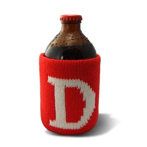 Classic, vintage-style, knit koozie. Iconically Canadian.