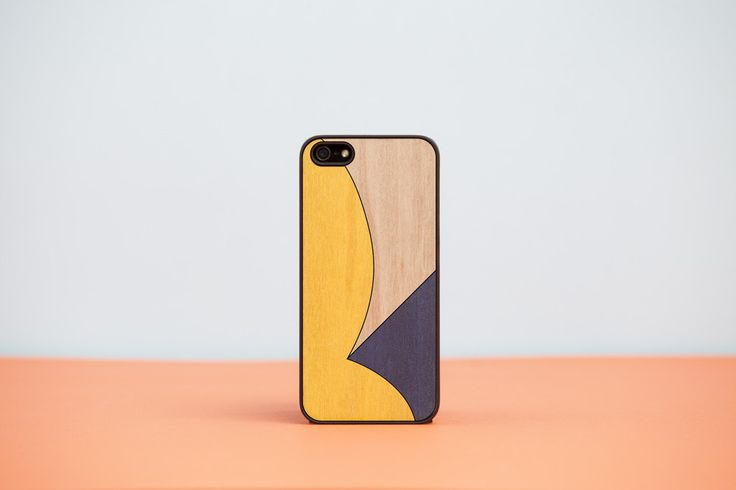 "Cover iPhone ""BLACK FRIDAY EDITION"" - n.02 / Wood'd"