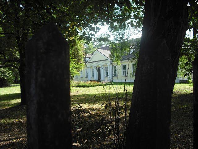 Dwór W Branicach Siedziba Muzeum Archeologicznego Dwory