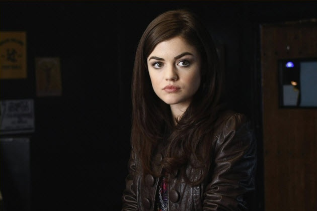 Lucy Hale/Aria, PLL #eyebrows