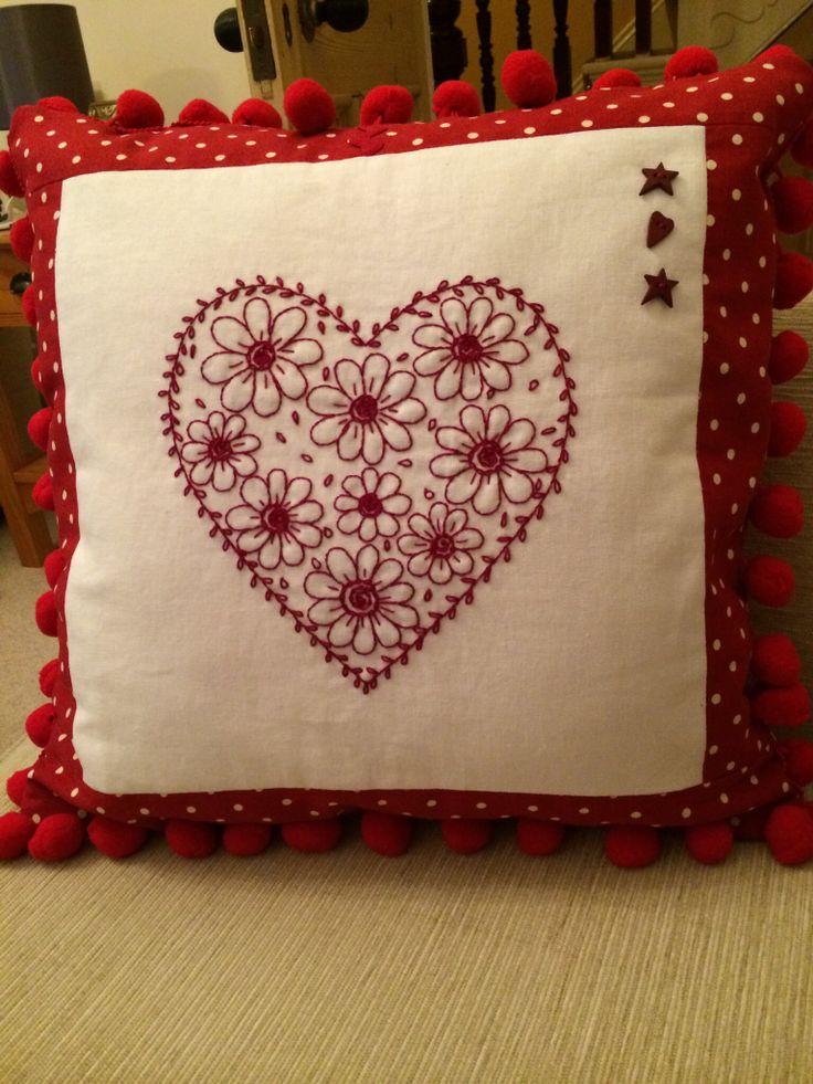 The redwork design in the centre is from Mandy Shaw's Stitch with Love Quilt.