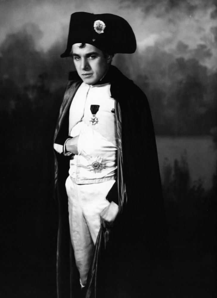 Charlie Chaplin as Napoleon 1930 - a shorty playing a shorty hehe