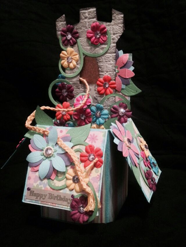 Tangled box card