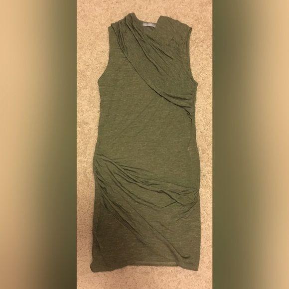 Tall zara green bodycon dress era