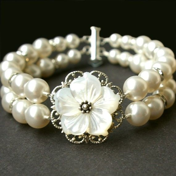 Mother of Pearl Wedding Bracelet, Bridal Pearl Flower Bracelet, Vintage Style Bridal Wedding Bracelet Cuff, Silver Bridal Jewelry, FLORA BELLA This