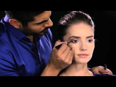 Natura cosméticos - Portal de maquillaje - Tip: ¿Cómo aplicar el delineador líquido?