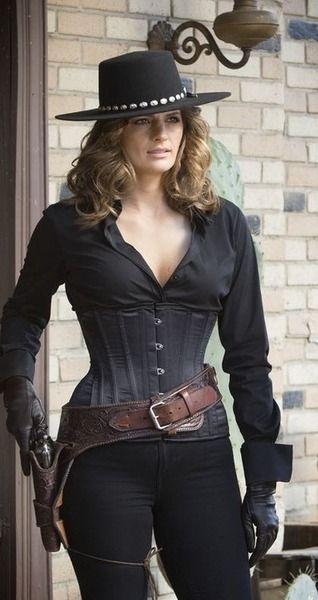 Stana Katic - Detective Kate (Beckett) Castle - Season 7 Episode 7 - Once Upon A Time In The West