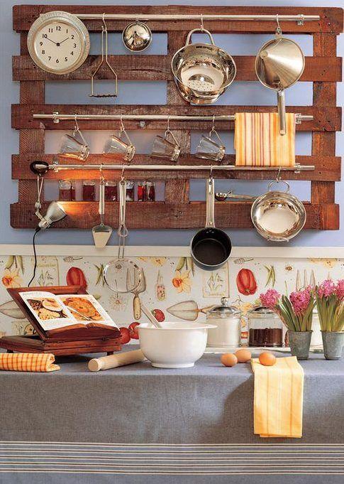 die besten 25 recycelte paletten ideen auf pinterest paletten badezimmer badschr nke und. Black Bedroom Furniture Sets. Home Design Ideas