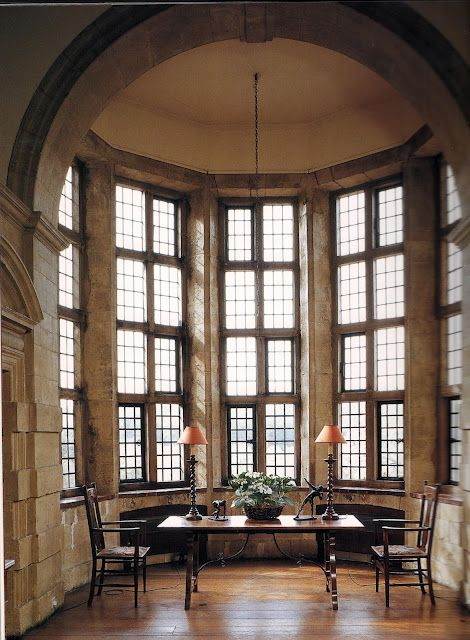 Edwin Lutyens, one of  the most renowned  english architects