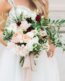 Maria - this is more the color distribution I imagine for your bouquet White, green, blush, and a bit of burgundy
