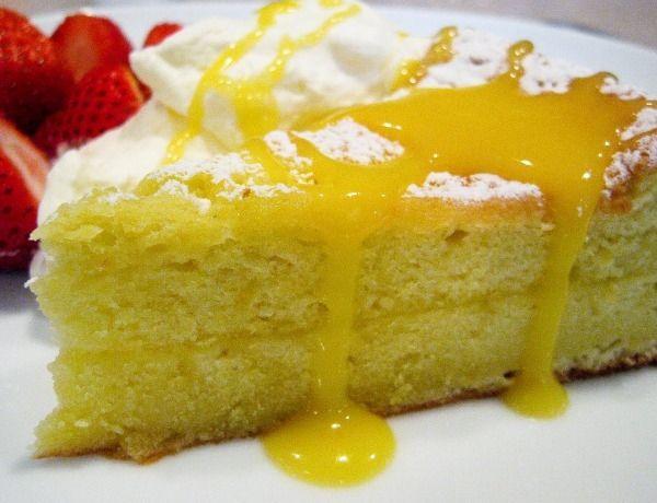 Πανεύκολο lemon cake με γιαούρτι σε 5 βήματα!