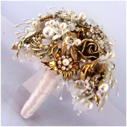Gold tone waterfall brooch bouquet