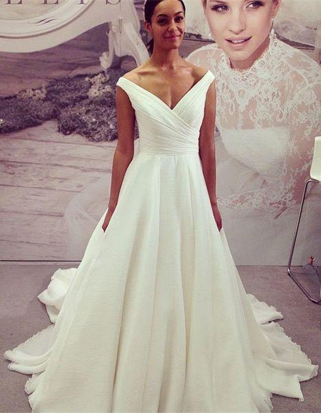 Off-the-Shoulder Wedding Dresses,Clean Line Wedding Dresses, Wedding Dresses 2017,Bridal Dresses,Weddings